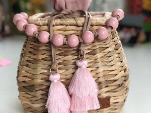 Bolsa Conchal com Bolas Coloridas
